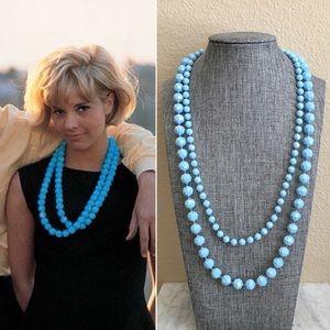 '60s / Powder Blue Bead Necklace